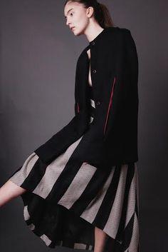 skirtand wool cape, fashion cloak  Atelier Kappe by Gabriela Hezner  designer  fot. Kamila Limanowicz  ECManagement