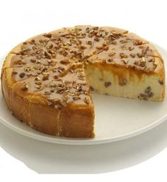 Our gourmet Praline Cheesecake elevates the dessert experience to heavenly levels! Richly smooth butterscotch melts into pecans for a slice of cheesecake perfection that 's irresistible on any occasion. Give the gift of gourmet today with this 9 ', 60 ounce unique cheesecake gift!