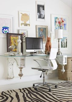 Even the most ancient of salvaged architectural materials have a place in contemporary spaces. Old-world corbels complete with finial details fashion a digital workstation. Architectural Materials, Architectural Salvage, Animal Print Decor, Animal Prints, Showcase Design, Better Homes And Gardens, Interiores Design, Home Decor Inspiration, Decor Styles