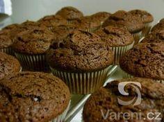 Recept na lahodné čokoládové muffiny vhodné na každou oslavu, party nebo jen tak ke kávě. Cap Cake, Cheesecake Brownies, Nutella, Muffins, Yummy Food, Sweets, Food And Drink, Dishes, Baking
