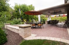 Adding a border to your paver patio in a different color looks great !