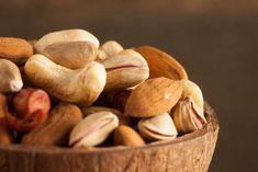 Ενίσχυση των ξηρών καρπών και των σπόρων με το μούλιασμα Health Tips, Smoothies, Clean Eating, Stuffed Mushrooms, Seeds, Homemade, Snacks, Vegetables, Food