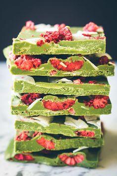 Matcha-raspberry white chocolate bark