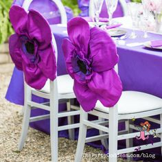 Garden inspired wedding flowers perfect for a spring or summer wedding! | The Party Goddess! #wedding #weddingflowers #flowers #weddingday #weddingplanner Plan My Wedding, Post Wedding, Wedding Tips, Summer Wedding, Event Planning Business, Wedding Pinterest, Flower Making, Event Decor, Purple Flowers