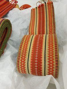 Gammelt brikkevevd belte Weaving, Historia, Closure Weave, Knitting, Crocheting, Hand Spinning, Soil Texture, Loom Weaving, Hand Weaving