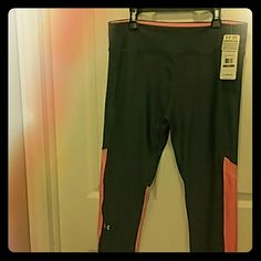 Under Armour Women's Compression Capri Color- Steel Grey/Neon Salmon women's size Large  HeatGear Under Armour Pants Capris