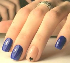 Dark Blue Nails MERNUR hopes these 63 Most Stunning and Lovely Midnight Blue Nails Dark Blue Nails Design You Should Try that can help you out. We hope you like this collection. Dark Blue Nails, Blue Ombre Nails, Blue Acrylic Nails, Blue Nail Designs, Simple Nail Art Designs, Ongles Gel French, French Nails, Cotton Candy Nails, Gel Nagel Design