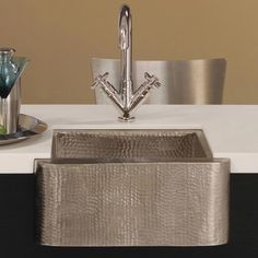 Native Trails Cabana Undermount Apron Bar & Prep Sink :: Kitchen Bar Sink from Home & Stone Farmhouse Bar Sinks, Modern Farmhouse Kitchens, Outdoor Kitchens, Undermount Bar Sink, Sink Faucets, Basins, Copper Bar, Copper Kitchen, Copper Sinks
