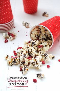 Mixing dark chocolate and raspberry? It doesn't get much better than that! This delicious Dark Chocolate Raspberry Popcorn makes snacking more delicious and enjoyable.