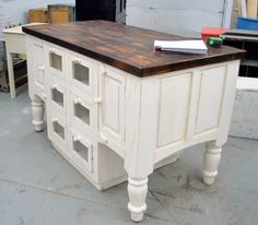 wow! great kitchen island or craft table