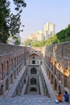 Designated a protected monument by the Archaeological Survey of India, Agrasen ki Baoli—unusually situated in the modern city of New Delhi—is identifiable by its 103 red stone steps.