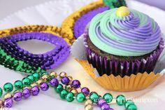Mardi Gras Cupcakes-