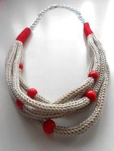 Collane lunghe - Collana color grigio Perla e Rossa effetto Tricot - un prodotto unico di FlamiFla su DaWanda