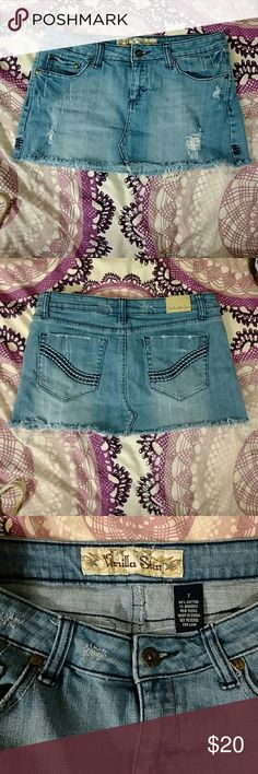 3 for $10 Vanilla Star Distressed Denim Mini Skirt Excellent used condition If item is under $10, I accept 3 items for $10, also 7 for $20 - Just bundle  items you'd like and submit an offer for $10, I'll accept! Vanilla Star Skirts Mini