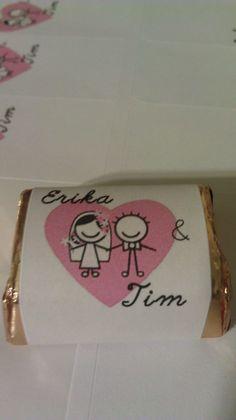 Bridal shower favors. Materials: Nuggets, address labels
