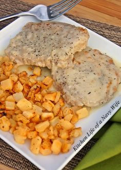 The Kitchen Life of a Navy Wife: Pork Chops with Gravy and Fried Potatoes