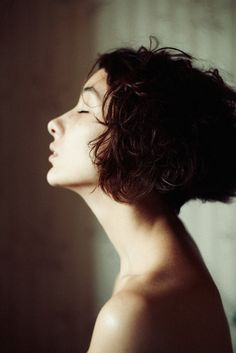 by Sophie Sherova. cute hairdo.