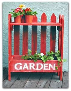RECYCLED drawer & picket FENCE makes a FUN plant stand