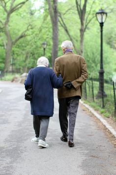 What stories this couple must have to tell...    Growing old - HONY
