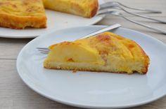 Super saftiger Low-Carb Apfelkuchen mit Vanillepudding bedeckt Der Low-Carb Mürbeteig aus Kokosmehl und die Äpfel