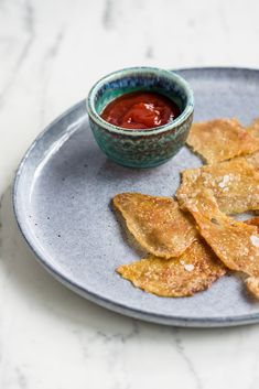 Learn how to make crispy chicken skin with our helpful video guide.