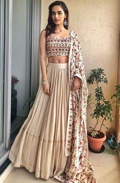 Latest Collection of Lehenga Choli Designs in the gallery. Lehenga Designs from India's Top Online Shopping Sites. Indian Lehenga, Indian Gowns, Indian Attire, Lehenga Choli, Indian Wear, Choli Designs, Lehenga Designs, Indian Wedding Outfits, Indian Outfits