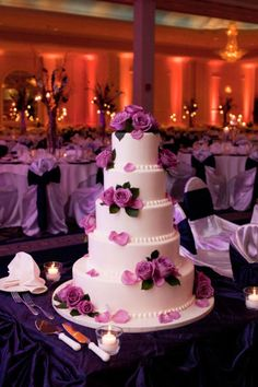 Beautiful wedding cake from Style Me Pretty