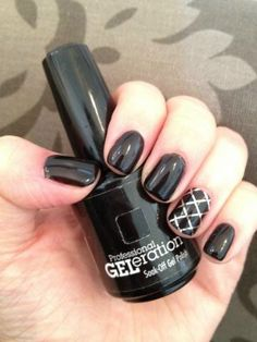 Jessica GELeration in Sunset Boulevard with Nailsy accent.
