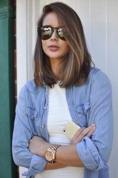 Stylish Should length Hairstyle.