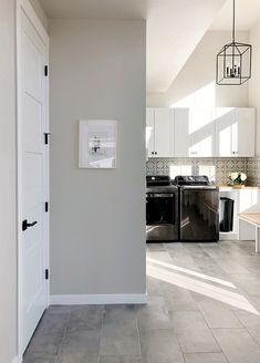Patterned black and white tile blacksplash Sherwin Williams Agreeable Gray, Sherwin Williams Gray, Light Grey Paint Colors, Best Gray Paint Color, Paint Colors For Home, Wall Colors, Grey Interior Paint, Luxury Interior Design, Interior Doors