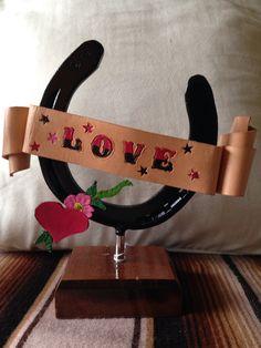 #luckyhorseshoe #leathercraft #misshorsepower #irisvanderjagt