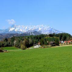 Adneter Riedl mit Untersberg Golf Courses, Mountains, World, Nature, Travel, The World, Naturaleza, Viajes, Destinations