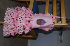 Frilly little girl apron I made (commissioned) for a friends granddaughter. Sewing For Kids, Sewing Ideas, Sewing Projects, Cupcake Party, Girl Names, Aprons, Grandkids, Cool Kids, Little Girls