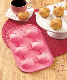 Hello Kitty® Silicone Mold Pan