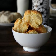 flaky yoghurt biscuits - biscuits made with yoghurt, so light, so airy, the crumb peels off in layers!