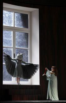 Die Frau ohne Schatten, by Claus Guth
