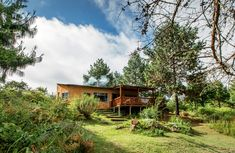 12 weekend breaks near Johannesburg for under - Getaway Magazine Self Catering Cottages, Weekend Breaks, Places To Visit, Cabin, River, House Styles, Cabins, Cottage, Wooden Houses