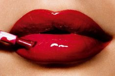 Glossy red lips by Motives La La Mineral Red Lip Shine - Big Apple!   #Sexy #Lips #Red