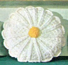 NEW! Daisy Pillow crochet patterns from American Thread, Star Book 218.