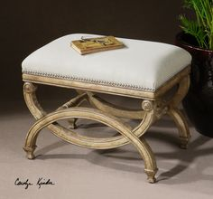 Karline, Small Bench Dimensions:24 W X 19 H X 17 D (in)