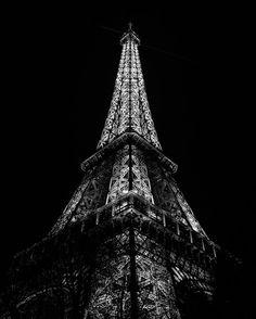 Eiffel Tower (Paris France)