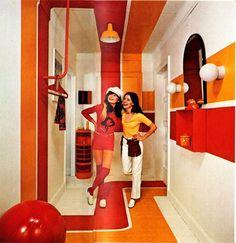 La publicité pour les papiers peints dans les années 70 | Blog | Lookbook | Papier peint des années 70 Vintage Interior Design, Vintage Interiors, Red Interiors, Retro Design, Design Design, Design Room, 1970s Decor, 70s Home Decor, Vintage Home Decor