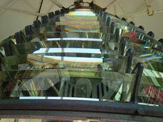 Las lentes del faro en Point Amour, Labrador, Canadá.Fabricados en Francia hace 150 años   por urru_urru