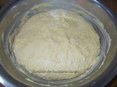 Cozonac cu nuca si rahat - Bunătăți din bucătăria Gicuței Grains, Dairy, Rice, Bread, Cheese, Food, Meal, Brot, Eten