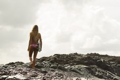 The Hottest Girls In Pro Surfing 2012 Edition (Pics   Clips)