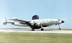 EC-121K_Rivet_Top_in_South_East_Asia_c1968.jpg 1,800×1,086 ピクセル