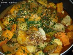 One Pot Dishes, Paella, Ethnic Recipes, Food, Chicken Legs, Garlic, Meat, One Pot Meals, Essen