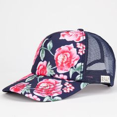 Billabong Bloom On trucker hat. Open mesh back with Billabong label at left side. Camping Outfits For Women, Teen Fashion, Womens Fashion, Fashion 2015, Cheap Fashion, Fashion Fall, Leotard Fashion, Cute Hats, Types Of Fashion Styles