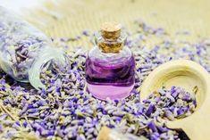 Thicker Hair Remedies Lavender Hair Oil benefits, home remedies Lavender Oil For Hair, Lavender Oil Benefits, New Hair Growth, Hair Loss Remedies, Prevent Hair Loss, Best Essential Oils, Hair Oil, Grow Hair, Hair Hacks