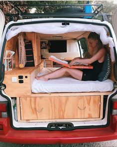 The best 49 inspirations of Van Life Interior Ideas - Camper - Camping Sprinter Van Conversion, Minivan Camper Conversion, Conversion Van, Vw Camper, Mini Camper, Camper Life, Mercedes Camper, Camping Diy, Camping Ideas